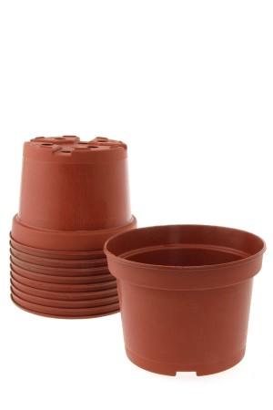 Rood-bruine plastic potjes...