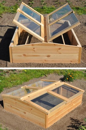 Chili Pepper wooden greenhouse